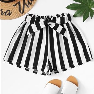 Pants - Boutique black and white striped shorts!